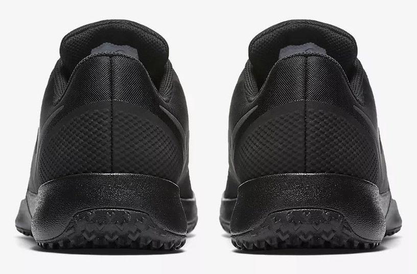 Nike Trainers Varsity Compete AA7064-002 Black 40