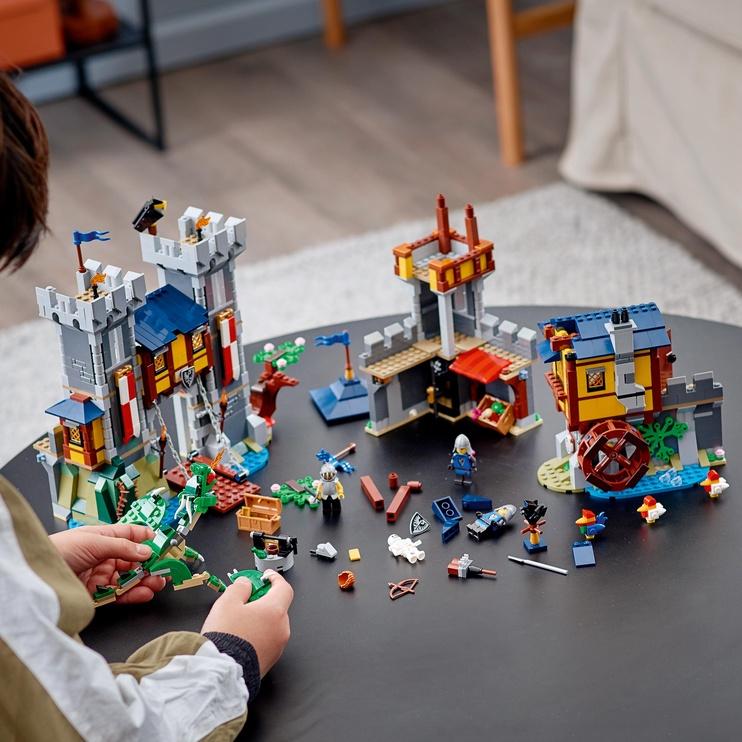 Конструктор LEGO Creator Medieval Castle 31120, 1426 шт.