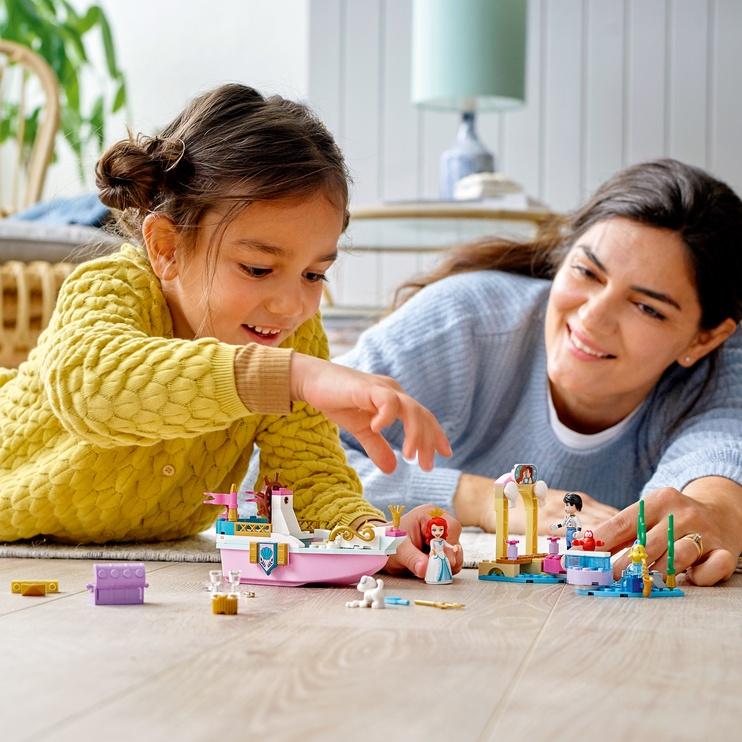 Конструктор LEGO I Disney Princess™ Праздничный корабль Ариэль 43191, 114 шт.