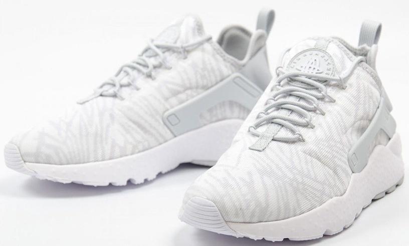 Nike Running Shoes Air Huarache 818061-100 White 42