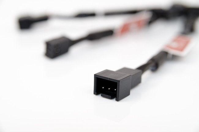 Noctua NA-SRC10 3 x 3-Pin Low-Noise Adapters