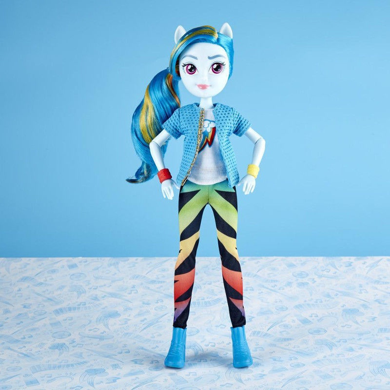 f5cd03c91e5 Hasbro My Little Pony Equestria Girls Rainbow Dash Classic Style Doll E0670