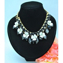 Vincento Fashion Necklace LC-1054