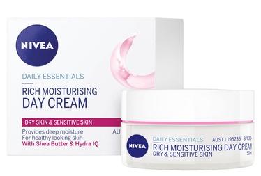Nivea SPF15 Nourishing Day Cream 50ml