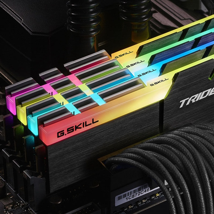 G.SKILL Trident Z RGB 64GB 3000MHz CL14 DDR4 KIT OF 4 F4-3000C14Q-64GTZR