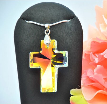 Vincento Pendant with Swarovski Elements Cross VP-2022