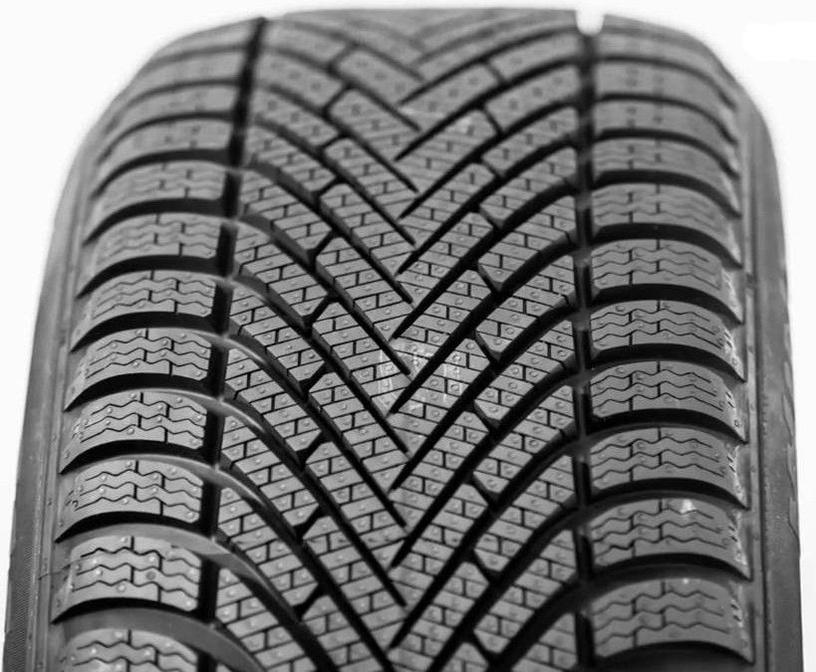 Automobilio padanga Pirelli Cinturato Winter 175 65 R15 84T