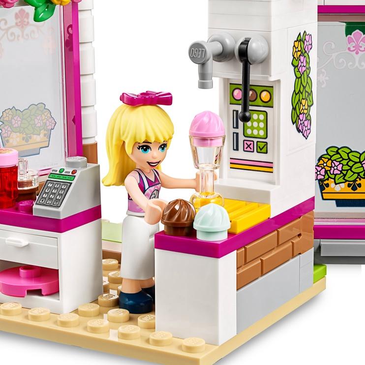 Конструктор LEGO Friends Кафе в парке Хартлейк Сити 41426, 224 шт.