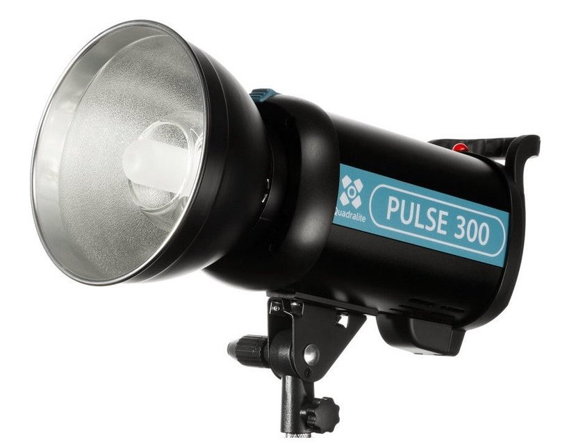 Quantuum Pulse 300 Studio Flash