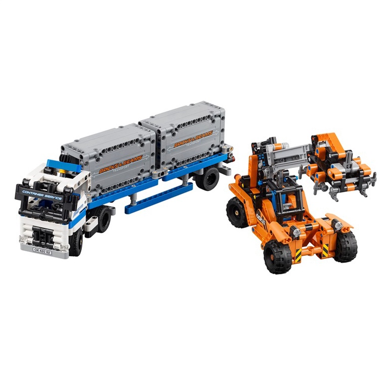 Конструктор LEGO Technic Container Yard 42062 42062, 631 шт.