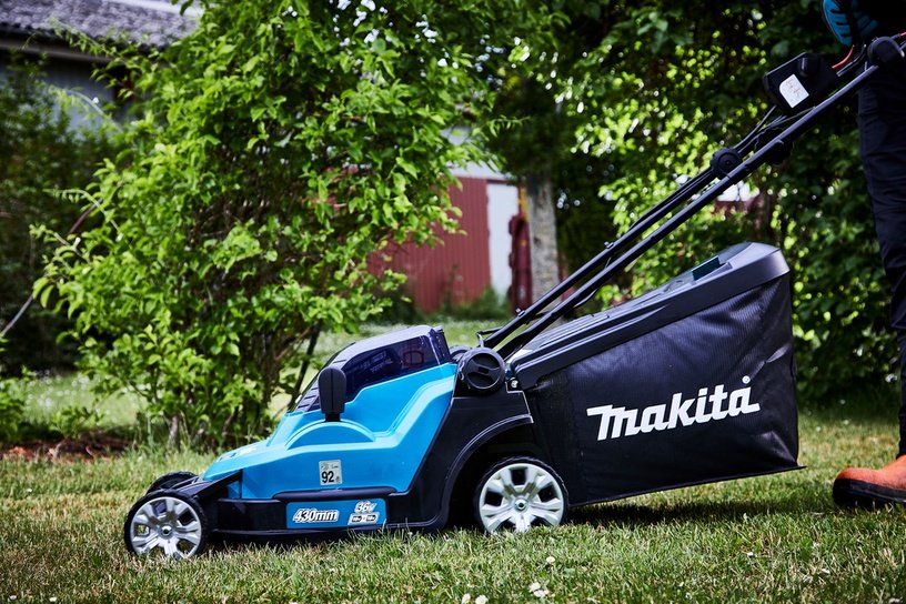 Аккумуляторная газонокосилка Makita DLM432Z, без батареи