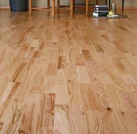 PARQUET FLOORING OAK 3 STRIP