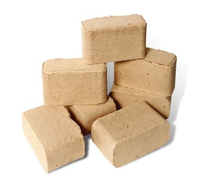 Medienos pjuvenų briketai, 10 kg