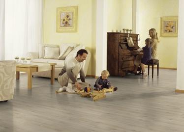 Laminuotos medienos plaušų grindys VB825V, AC4 8MM