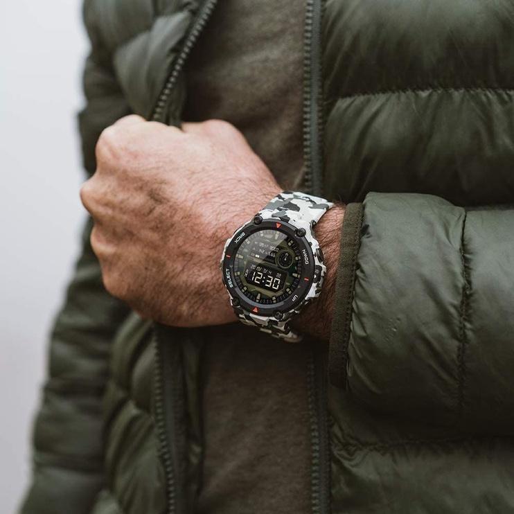 Išmanusis laikrodis Amazfit T-Rex, juoda/žalia