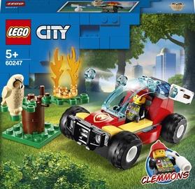 Конструктор LEGO City Лесные пожарные 60247, 84 шт.