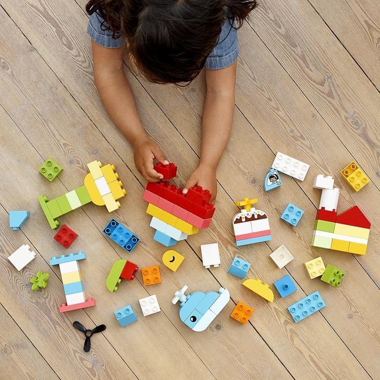 Конструктор LEGO Duplo Шкатулка-сердечко 10909, 80 шт.
