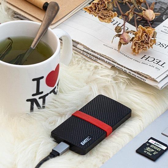 Жесткий диск Emtec X200 Portable SSD Power Plus 1TB, SSD, 1 TB, черный/красный