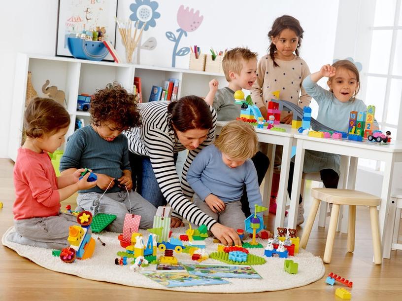 Конструктор LEGO Education Education Steam Park 45024 45024, 295 шт.