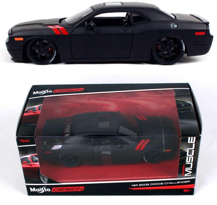 Maisto Die Cast Dodge Challenger SRT8 1:24 32529