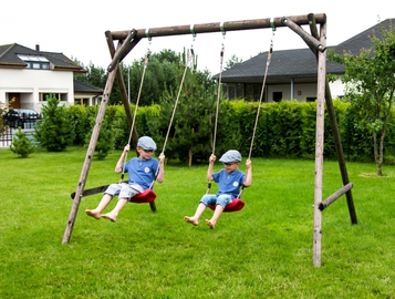SN Wooden Swing Set Kevin