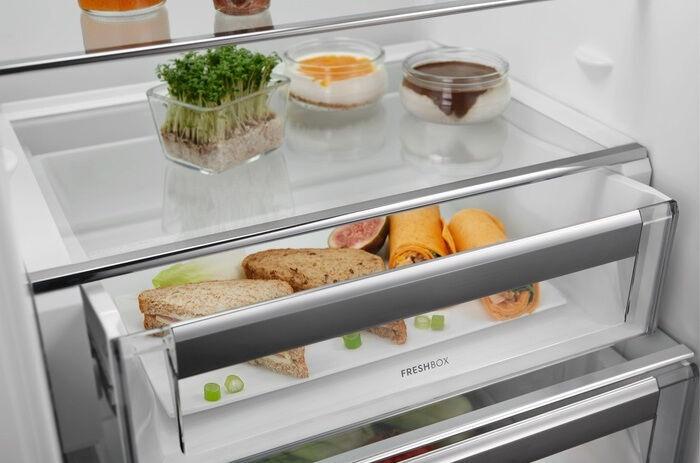 Įmontuojamas šaldytuvas Electrolux ENT8TE18S White