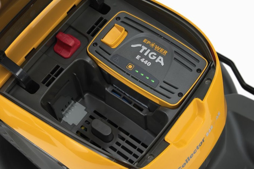 Аккумуляторная газонокосилка Stiga Collector 548 AE