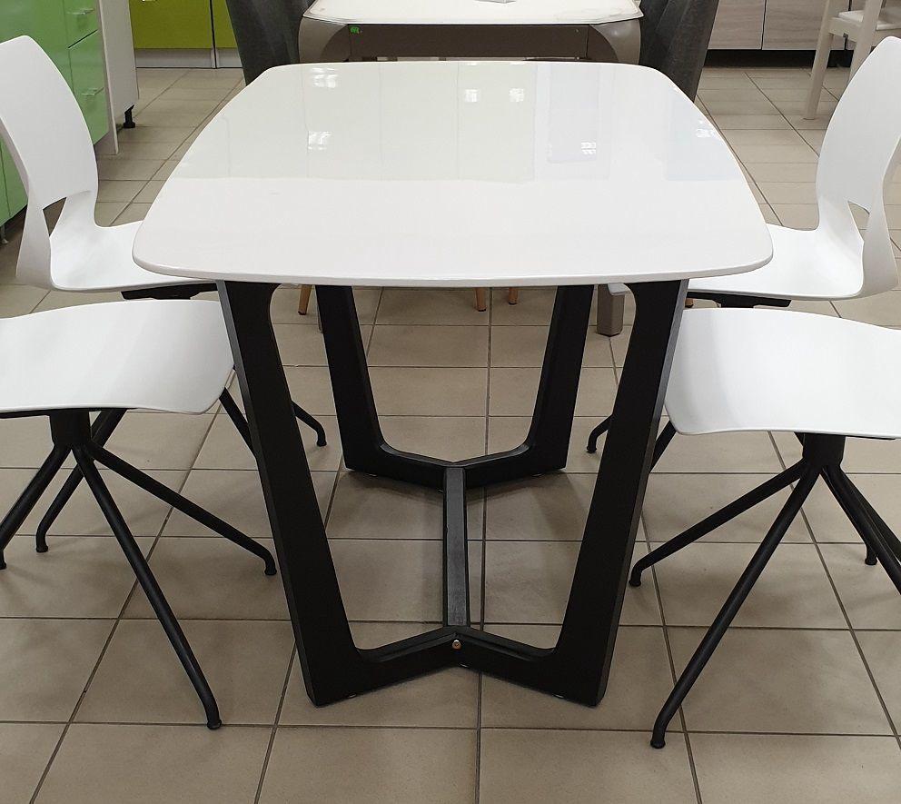 Mn 3059035 Table 140x80cm Whiteblack