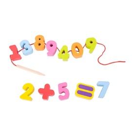Arendav mänguasi Numbrid nööril, puidust
