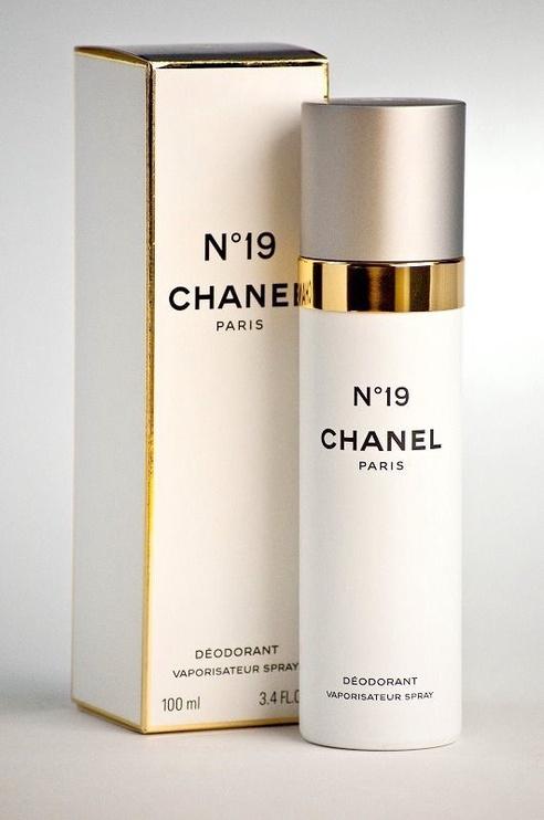 Chanel No 19 Deodorant Spray 100ml