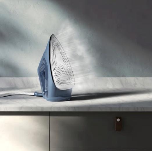 Утюг Electrolux E7SI1-8DB, синий/серый