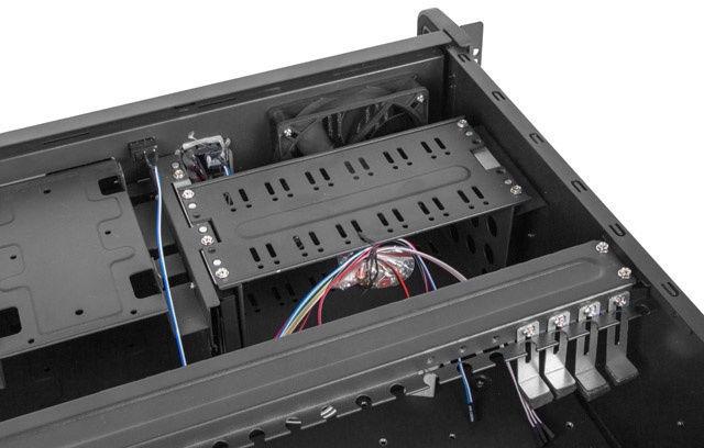 Lanberg Rackmount Server Chassis SC01-4504-10B