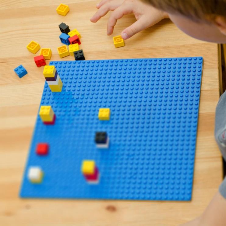 Конструктор LEGO Classic Blue Baseplate 10714