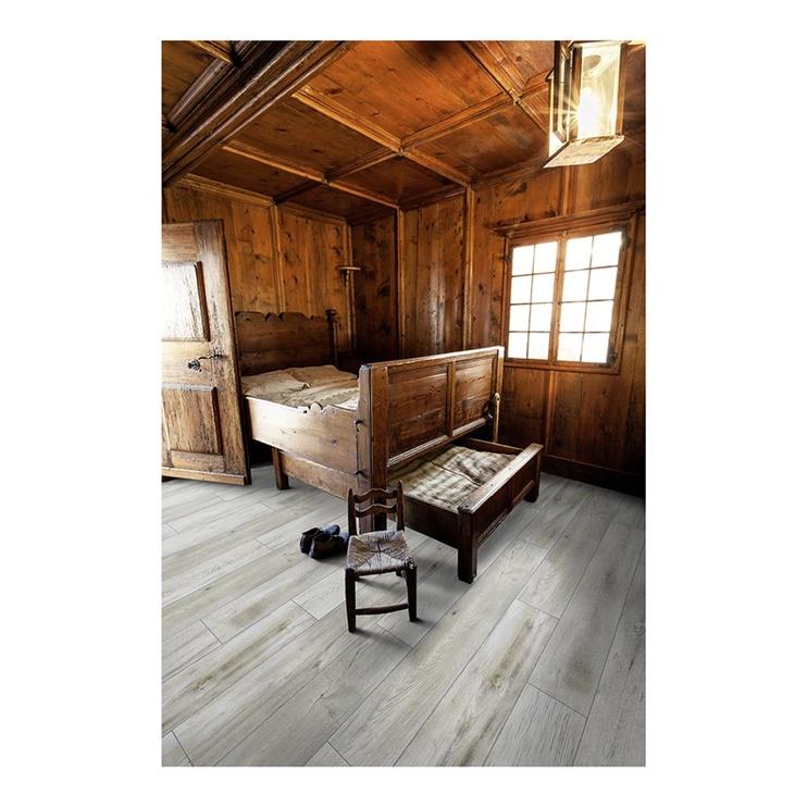 Laminuotos medienos plaušų grindys VB1011, AC5 10MM