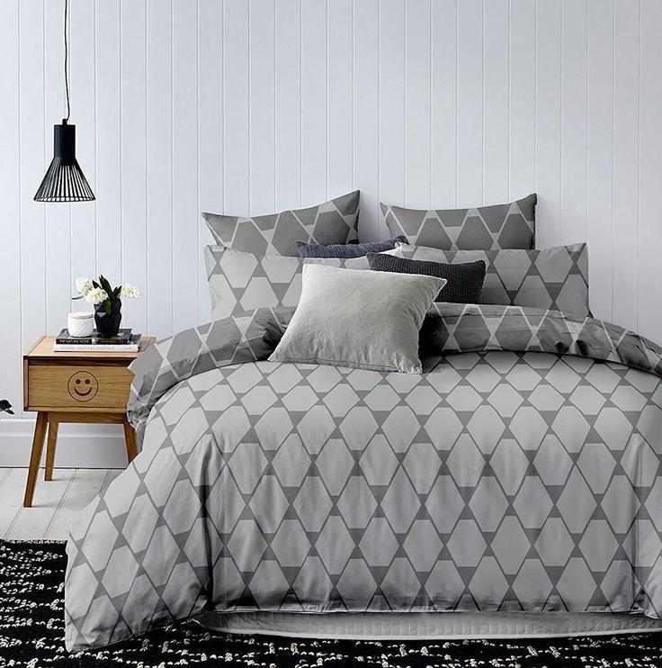 DecoKing Hypnosis Rhombuses Bedding Set Grey/Dark Grey 200x200/80x80 2pcs