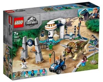LEGO Jurassic World Triceratrops Rampage 75937
