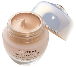 Shiseido Future Solution LX Total Radiance SPF15 Liquid Foundation 30ml R4