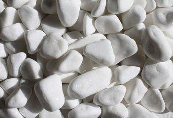 Dekoratīvie oļi balti, frakcija 15-25 mm