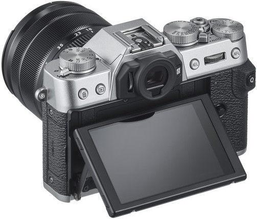 Fujifilm X-T30 + XF 18-55mm 2.8-4 R LM OIS Silver