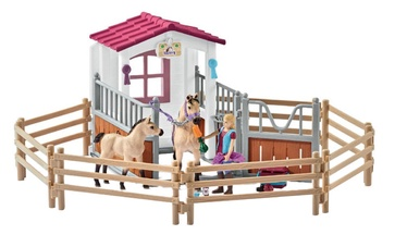Schleich Horse Stall With Arab Horses And Groom 42369