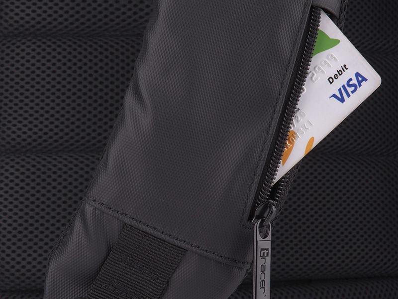 Рюкзак Tracer Metropolitan Antitheft Backpack 15.6, черный, 15.6″