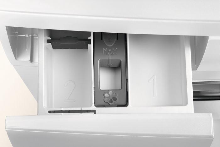 Skalbimo mašina Electrolux EW6S226SI White
