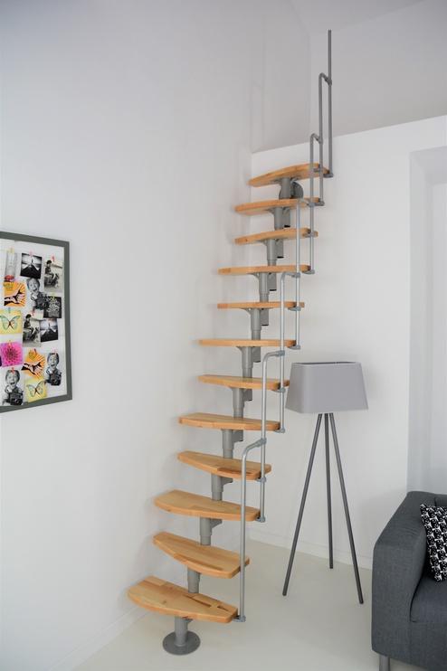 Mediniai laiptai Minka Monaco, bukas, 12 pakopų