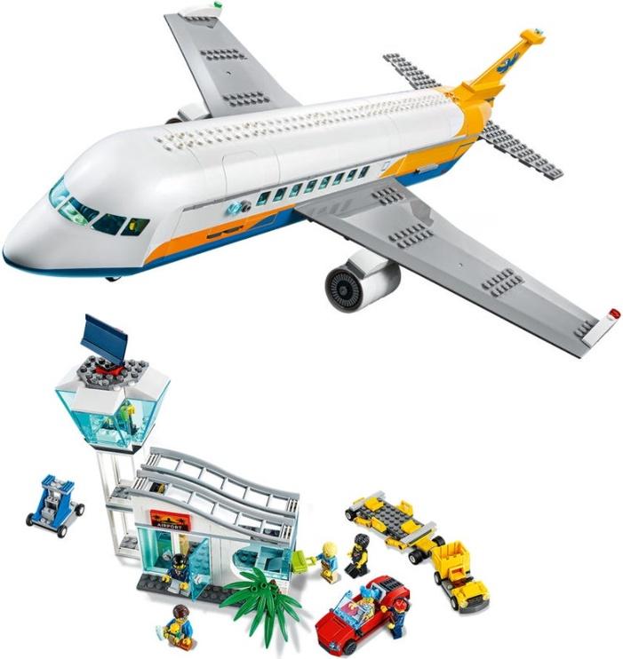Конструктор LEGO® City Пассажирский самолёт 60262