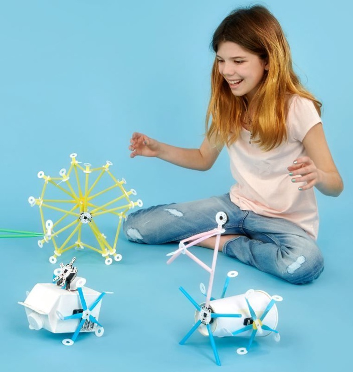 Strawbees Coding Robotics Kit