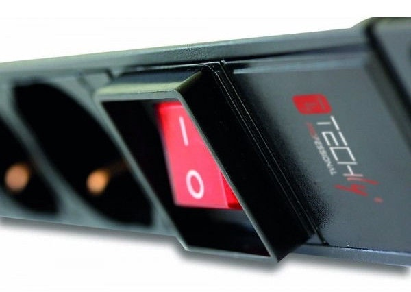 Techly Rack 19 PDU 12 VDE Outputs with C20 Plug and Switch