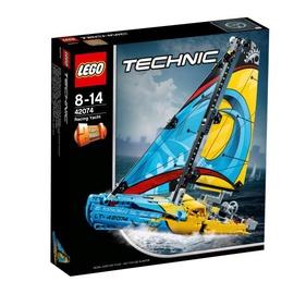 Konstruktorius LEGO Technic,  Lenktyninė jachta 42074