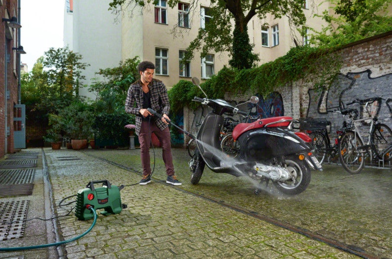 Kõrgsurvepesur Bosch EasyAquatak 110, 1300 W
