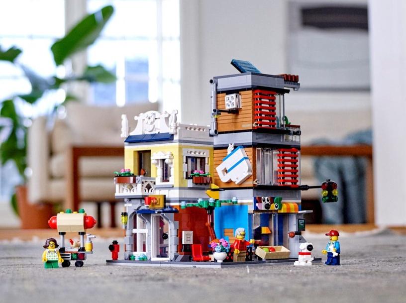 Конструктор LEGO Creator Townhouse Pet Shop & Cafe 31097 31097, 969 шт.