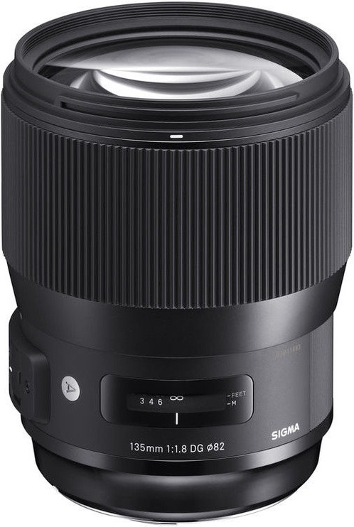 Sigma 135mm f/1.8 DG HSM Art for Canon